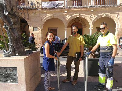 """El Ayuntamiento de Lorca instala siete """"""""aparcabicis"""""""" para facilitar y fomentar el uso de este medio de transporte saludable y respetuoso con el medio ambiente"""