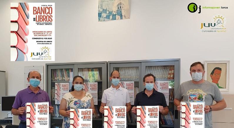 El banco de libros de texto de la concejalía de juventud del Ayto. de Lorca cierra con casi 3.500 libros adquiridos.